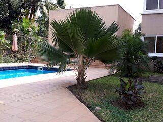 Charming 3-Bed Apartment Airport Residential Accra