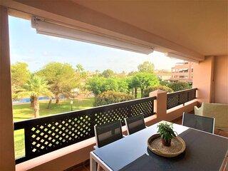 Airy three-bedroom apartment in Cabo de Palos