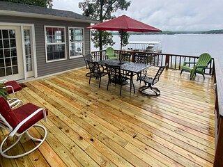 NEW! 'Bittersweet Lakefront Retreat' w/ Boat Slip!