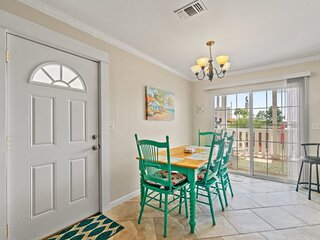 7405 Beach Drive A - Spacious Townhouse Just One Block from the Beach!