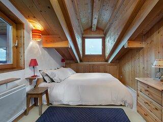 Toutou 2 : Appartement en chalet skis aux pieds