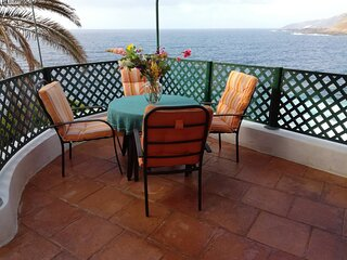 Trinimat beach house Tenerife north 1, directly at the ocean