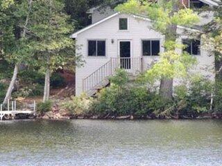 Lake Front Sunday River Cottage sleeps 12