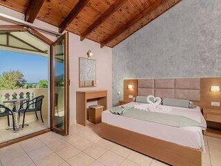 Family Side Sea View Studio - Plaka Beach Resort