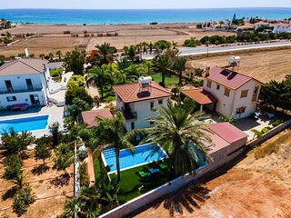 Artisan Homes, Tropical Paradise Villa