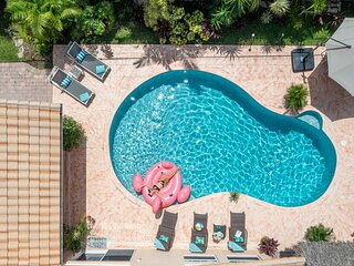 South Florida Spacious Oasis