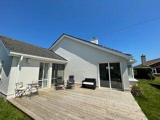Cedar Court Holiday Home, Rosslare Strand, Co. Wexford - 4 Bedroom House Sleeps