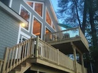 Lakefront Retreat in Winchester, Getaway Ready and Fully Equipped, holiday rental in Jaffrey
