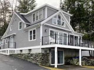 Picturesque Lakefront Retreat at Spofford Lake, Sleeps 10