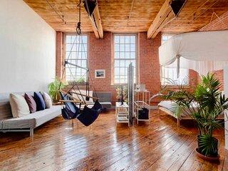 Charming and Stylish Loft on Detroit River