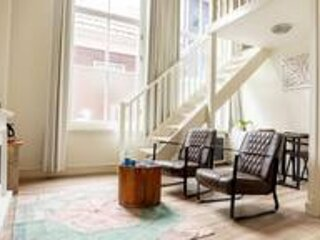 B&B 1001 Nacht: Large cozy Six Person Room, holiday rental in Haarlem