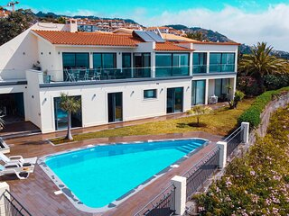 Zula House - Wonderfull Sea Views & Swimming Pool