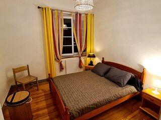 Chambre privee Montaigu a l'etage d'une jolie maison individuelle a Soues 65