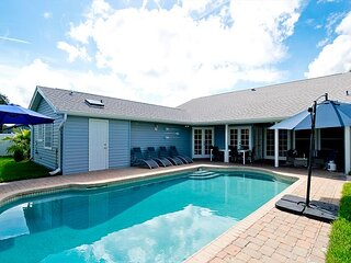 Endless Summer - 3 king size beds, private heated pool, pet friendly