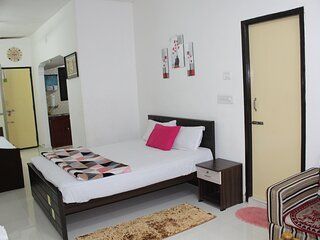 GF - Executive - Near Airport/Porur/DLF - Room with Private Entrance & Kitchen
