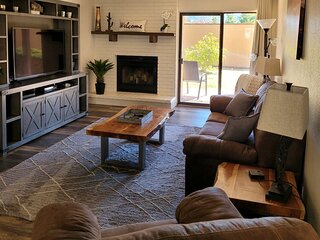 Newly Listed! Modern and Comfy 2bed/2bath