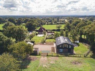 Old Harrow Barn