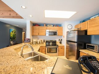 2Br With Gorgeous Remodeled Kitchen - No Cleaning Fee!