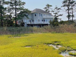 Refuge - Water Front - Single Family Home