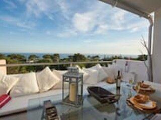 Luxury Sea View apartment, casa vacanza a Cascais