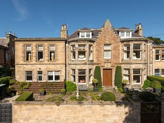 St Colm's Main Fantastic characteristic property!