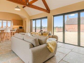 Swifts Retreat, Bidford-on-Avon - sleeps 2 guests  in 1 bedroom