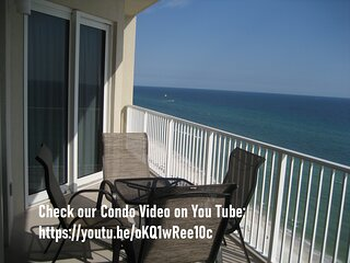Luxurious and Spacious Condo, 3 Bedrooms, 2 Baths, Master on the Gulf (sleep 8)