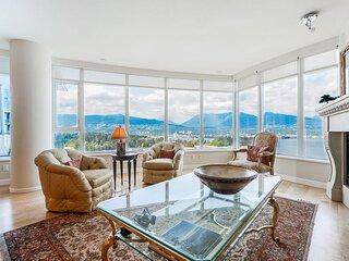 Luxury Vancouver Ocean Front Condo