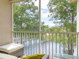 Paradise Palms, Fort Myers Condo 3 Bed/2 Bath