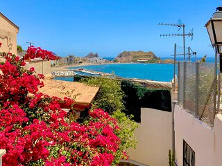 Nice home in Aguilas with WiFi and 2 Bedrooms (ECC939)