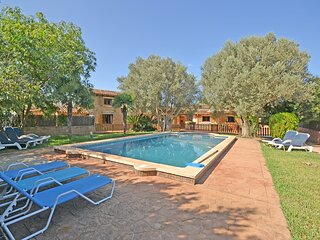 QUART - Country house with swimming pool close to the town (Alcudia)