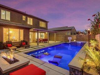 Bada Bing: Pool, Spa, Fire Table, Foosball Table!!!