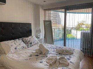 Luxury Ocean Village 3 bedroom apartment, casa vacanza a Sandy Bay