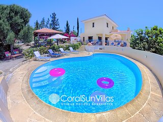 APOLLON 2 bedrm Beautiful villa in Prime Location of Coral Bay - Large Pool