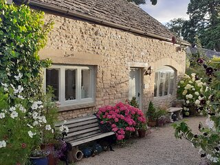 Cotswold cottage couples getaway