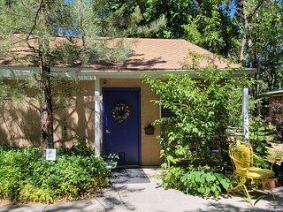Brookside Cottage BnB - Garden Room