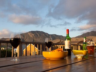 Pringle Sunsets self catering holiday house sleeps 6 in Pringle Bay South Africa