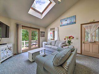 Peaceful Rockport Townhome < 3 Miles to the Ocean!