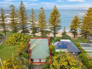 Wilson Ave 39 - Dicky Beach, QLD
