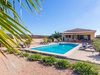 Can Melis - Modern villa with pool near Campanet