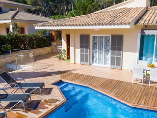 Villa Romani - Spectacular chalet with pool in Can Picafort