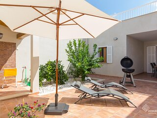 Casa Embat - Beautiful house with terrace 150 meters from the beach