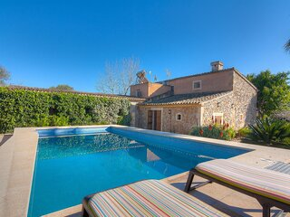 Son Bosquer - Beautiful countryside villa with pool and large garden in Petra
