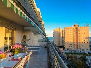 River Playa 2 bedroom apartment, beach view, large terrace