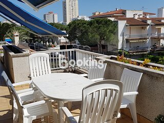 APARTMENT WITH AIR CONDITIONING & BIG TERRACE AT 5 MINUTES FROM THE MAIN BEACH