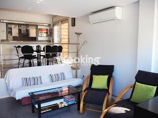 CITYCENTER APARTMENT WITH 3 BEDROOMS AND 2 TERRACES, AT 3 MINUTES FROM THE BEACH