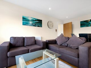 02. London Heathrow Living Serviced Apartments by Ferndale - Apt 02