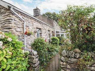 Cwm Caeth Cottage (933979), Beddgelert