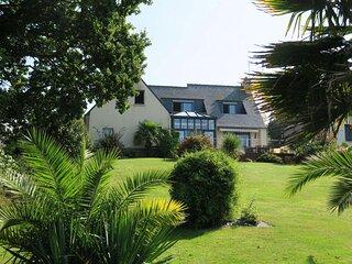 Villa avec WIFI, terrasses et jardin à 600m du centre de PLEUMEUR-BODOU