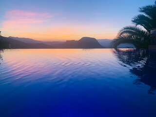 Al Qasr Villa - Outstanding Views, in Sierra Cabrera *No Peak Seasons Hikes*